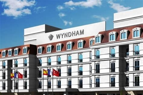 Private Airport Taxi Transfer to Wyndham Grand Istanbul